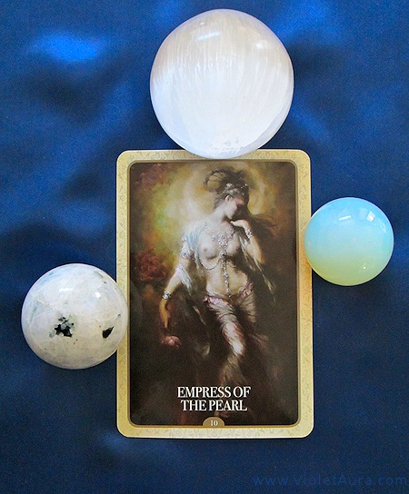A single oracle card was drawn for the Water Sign full moon reading this month. The result is #10 Empress of the Pearl.